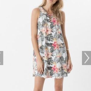 Z Supply floral dress, like new! Cute lace up top!